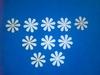 Bloemen dicht 10 stuks. Doorsnede 2,5 cm. 1,5 mm dik   per set