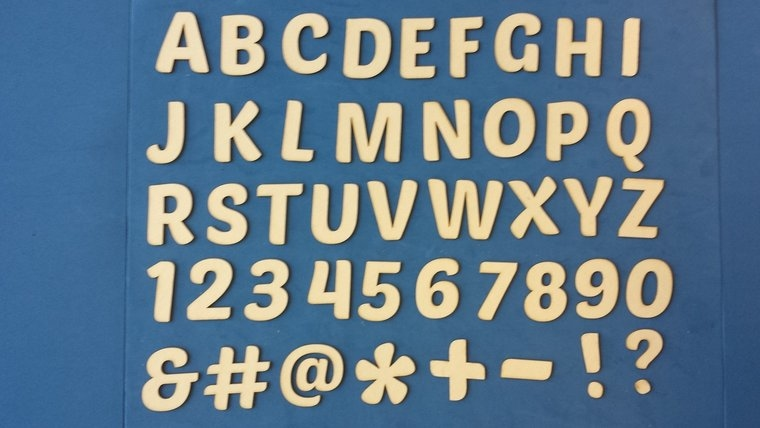 Alfabet 2 cm Chipboard